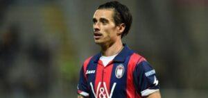 """Crotone, Adrian Stoian resta in ospedale: """"Ricoverato in stato confusionale"""""""