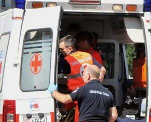 Faenza, incidente mortale sulla circonvallazione: frontale tra Fiat Panda e camion