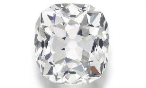 Anello pagato 10 sterline al mercatino ha diamante vero. Vale 400mila euro