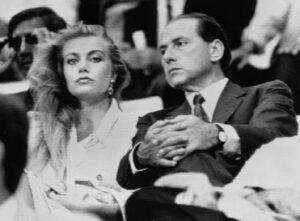 Berlusconi - Veronica Lario: l'ultimo tentativo dell'ex Cavaliere per risparmiare qualcosa