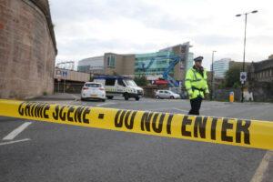 Manchester, trovati detonatore e frammenti della bomba del kamikaze