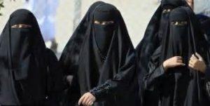Donne col burqa