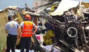 Turchia, bus precipita in curva da scogliera: 24 morti 10 feriti gravi