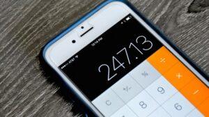 iPhone, il trucco della calcolatrice che fa impazzire il web