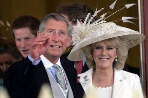 """Camilla e l'amore clandestino per Carlo: """"Vi racconto gli anni bui dello scandalo"""""""