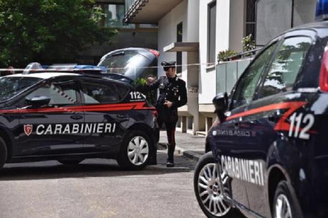 Torino: sparatoria nell'area di servizio, ferito un benzinaio