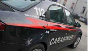 Castellamonte, si schianta con auto contro il bar: autista era ubriaco