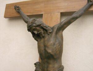 """Schio (Vicenza), rubati i chiodi del Cristo del '700. Don Stenco: """"E' stato un fanatico religioso"""""""