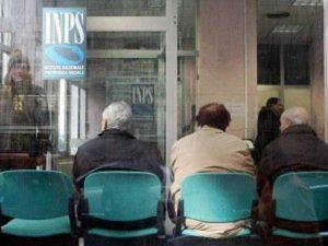 Cud solo online: odissea agli sportelli Inps dei pensionati per la nuova certificazione unica