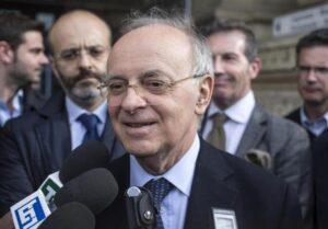 Beppe Grillo abbandona Di Maio e Di Battista per Piercamillo Davigo