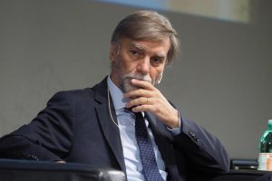 """Graziano Delrio: """"Mi sono occupato io di Banca Etruria, da ministro mi toccava"""""""
