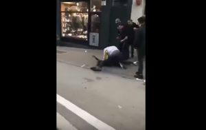 YOUTUBE Jason Denayer del Manchester City, rissa per strada a Bruxelles