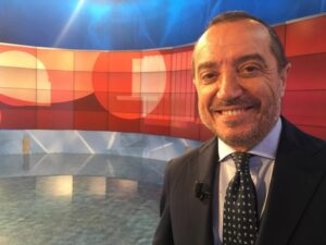 Franco Di Mare, slitta il rientro a Uno Mattina. L'annuncio su Facebook