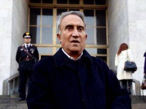 Emilio Fede e i fotomontaggi a luci rosse falsi sui vertici Mediaset: rischia condanna