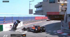 Gp Montecarlo, Sauber di Wehrlein speronata dalla McLaren finisce su due ruote