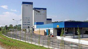 Calliano (Asti), operaio di 35 anni, muore stritolato dalla fresa in azienda