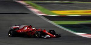 Formula 1, Gp Spagna prove libere. Ferrari in testa: Raikkonen primo, Vettel secondo