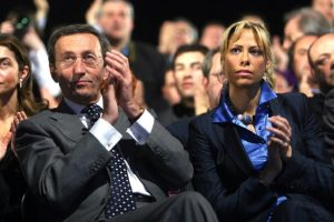 Gianfranco Fini: la Finanza gli sequestra un milione di euro in polizze-vita