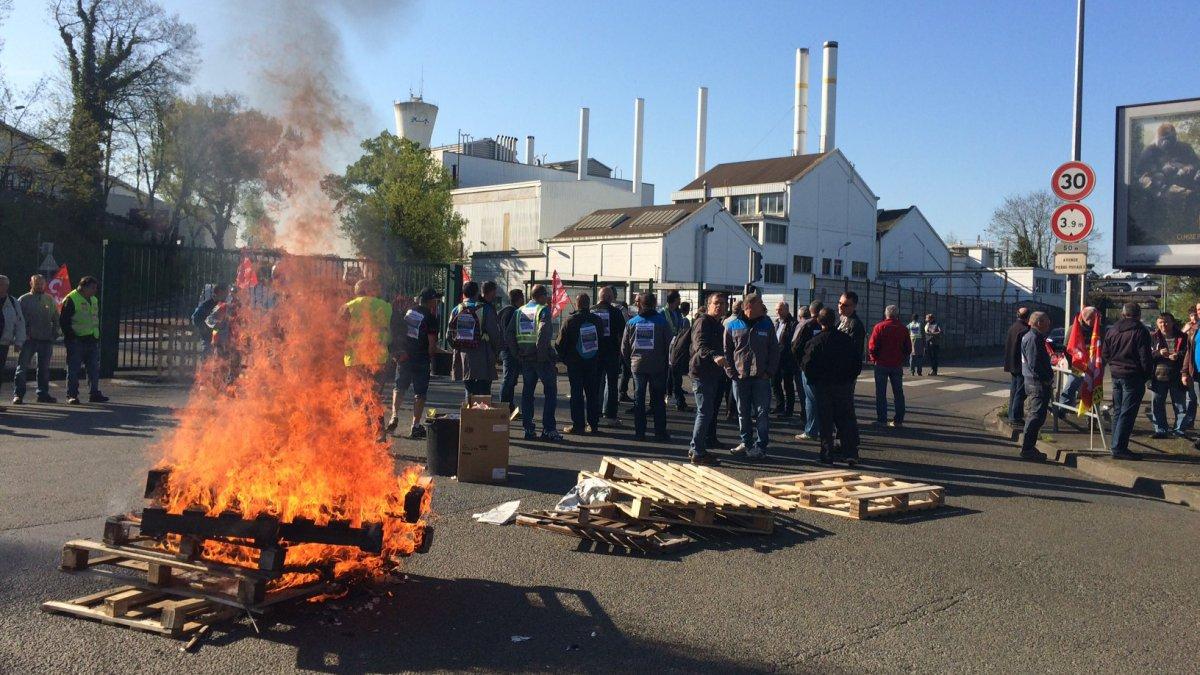 Protesta choc in Francia: