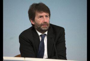 Il ministro Franceschini non legge la legge, il direttore non legge il suo giornale