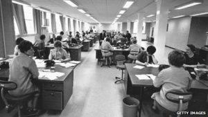 """Hot-Desking, cioè scrivanie condivise a lavoro: """"Io malata di cancro vi spiego perché è rischioso"""""""