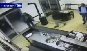 YOUTUBE Igor il russo, il video del Tg1 del killer di Davide Fabbri nel bar di Budrio