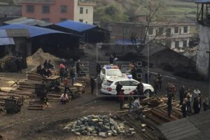 Cina, fuga di gas in miniera di carbone: 18 morti