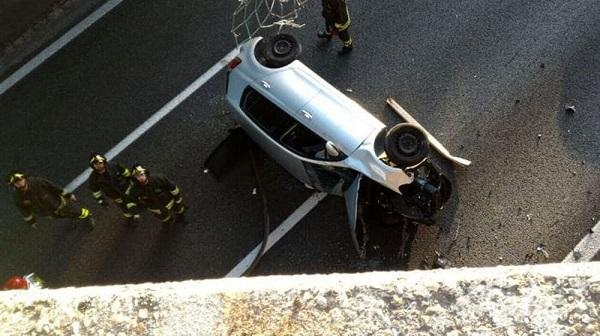Pistoia: un morto e tre feriti in un frontale all'uscita dal casello