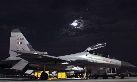 India, aereo militare scomparso vicino confine con la Cina