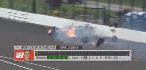 YOUTUBE Sebastien Bourdais vivo per miracolo: incidente terribile a Indianapolis