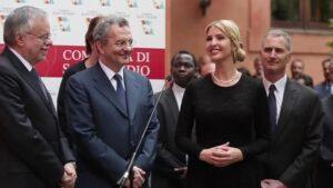 Ivanka Trump a Roma incontra donne vittime della tratta e scoppia a piangere