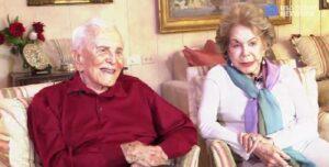 """Kirk Douglas e Anne raccontano i 63 anni di matrimonio nel libro """"Letters of love"""""""