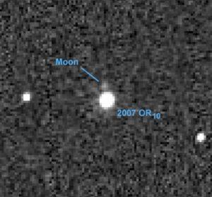 Una nuova luna nel sistema solare: orbita intorno al pianeta nano 2007 OR10