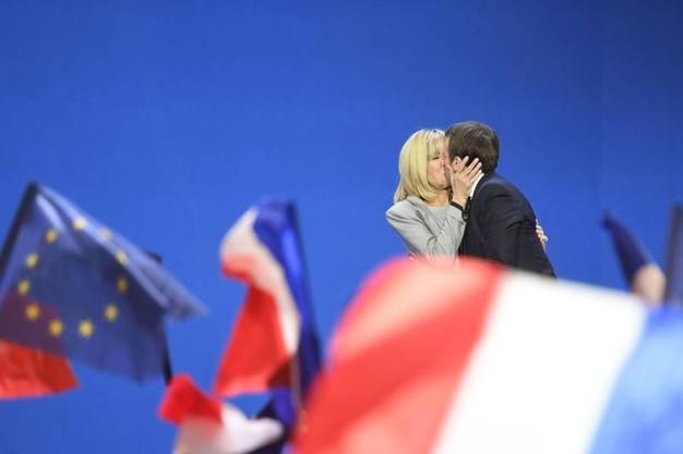Francia, le immagini della giornata della vittoria di Macron