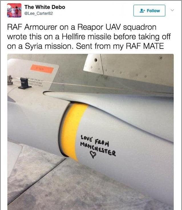 """""""Con amore da Manchester"""": scritta sul missile della """"Royal Air Force"""" destinato all'Isis FOTO"""