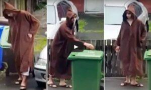 Il terrorista di Manchester in tunica e cappuccio ripreso da un vicino di casa