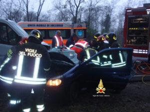 Claudia Bardini soccorre figlio dopo incidente: travolta da auto, muore in ospedale