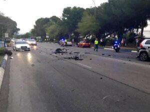 """Marbella, auto contro la folla. Non è terrorismo: """"Lite tra turisti inglesi in vacanza"""""""
