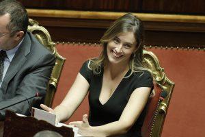 """Maria Elena Boschi a De Bortoli: """"Querelo!"""". Fenomenologia di annuncio temerario"""