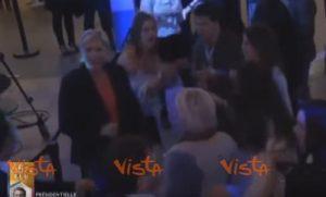 YOUTUBE Marine Le Pen balla dopo la sconfitta con Macron...ed è Ymca
