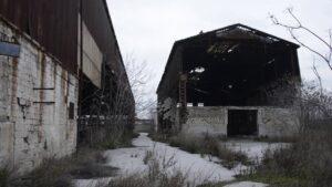 Bari, scheletro trovato in uno stabile abbandonato: si indaga per omicidio volontario