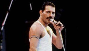 """Freddie Mercury, Brian May: """"Era gay, ma l'amore della sua vita è stata una donna"""""""