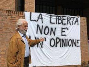 Vaccini. Ordine Medici Milano radia medico legale Dario Miedico