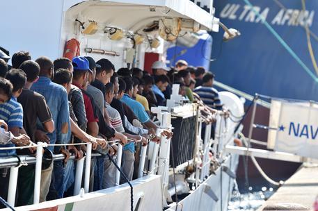 La banda dei somali: trafficavano in migranti e jihad