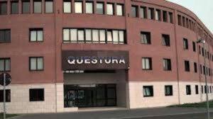 Modena, mazzette in Questura in cambio di permessi di soggiorno