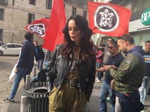 """Nina Moric a La Zanzara: """"La Boldrini prenda gli immigrati a casa sua, qui serve un uomo forte"""""""