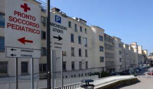 """Neonata abbandonata a Trieste, la mamma indagata per omicidio. """"Non sapevo di essere incinta"""""""