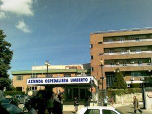 Siracusa, incendio all'ospedale Umberto I: in salvo 16 pazienti