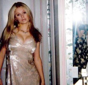 """Paris Hilton e la FOTO che fa impazzire i fan: """"Ecco come ero a 15 anni quando..."""""""