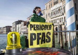 "Veneto, allarme acque contaminate. Greenpeace: ""800 mila persone esposte a Pfas"""